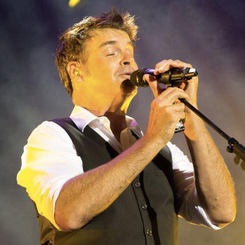 « TOUT ME RAMÈNE À TOI » : UN SON PLUS POP POUR LE NOUVEL EXTRAIT DE ROCK VOISINE
