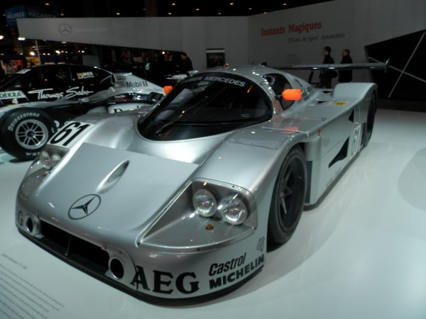 Stand Mercedes