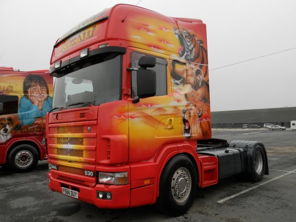 camions du cirque RONCALLI