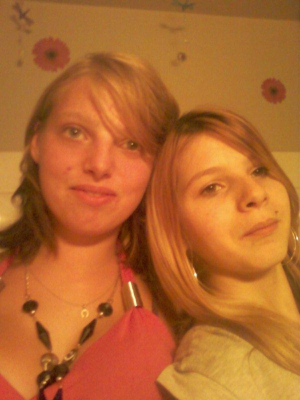 Moi & ma cousine d'amour laurianne <3<3