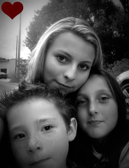 Léa, Ezeckiel et moi !!!