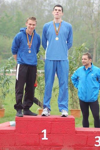Johan Bongrain 2 iem champion du Hainaut 2012 Sur 400M Haies !!