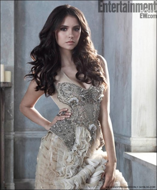 *  Entertainment Weekly nous a devoilé une nouvelle photo promotionnelle de Nina . Tu aimes ?   *