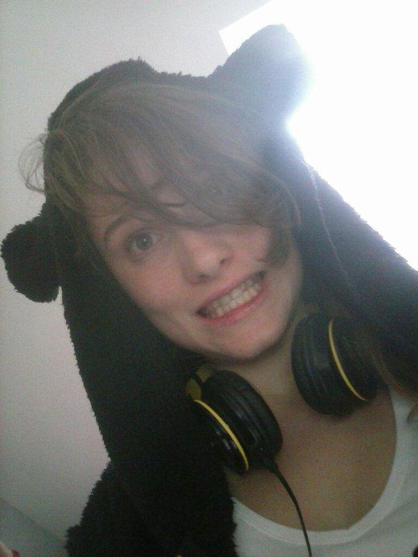 Je suis un ours et je vais tous vous dévoré mouhahaha