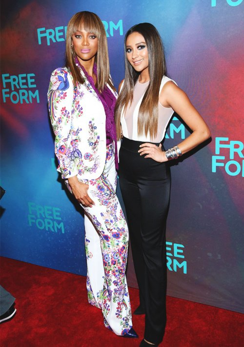 Tyra Banks with Shay Mitchell ! *....* ❤❤❤ #Babes