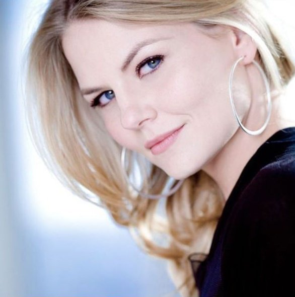 Without Emma Swan , there's No Once Upon A Time ! #Heartbreaking #ThankYouJenniferMorrison