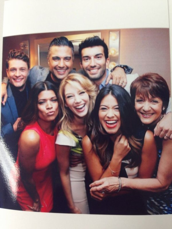 Amazing cast !!! *.....* ❤❤❤❤ #JaneTheVirgin