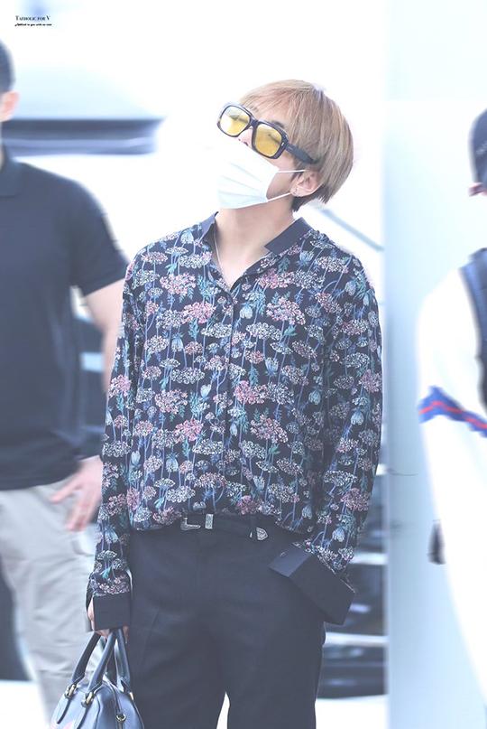 Stylish babe ❤ #KimTaehyung