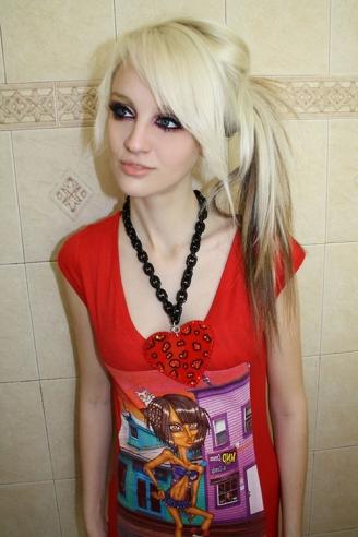 Longue chevelure dégradée et effilée pour fille