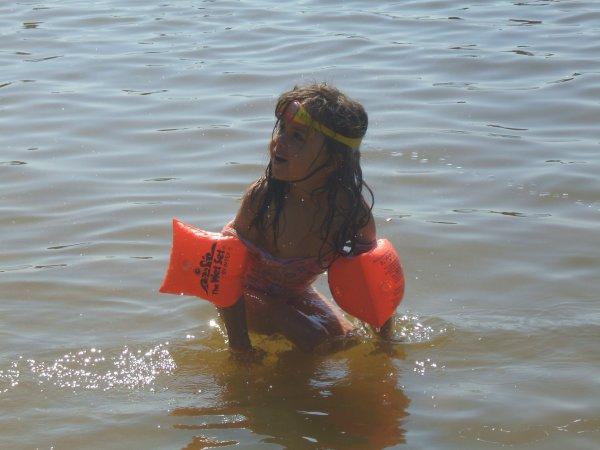 trop bien au lac avec les petits passer une bonne journée