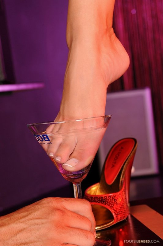 dégustation whisky aux jolies pieds un délice attention  avec moderation svp