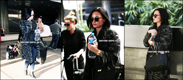 Le 12 Août Demi a été aperçu à l'aéroport LAX