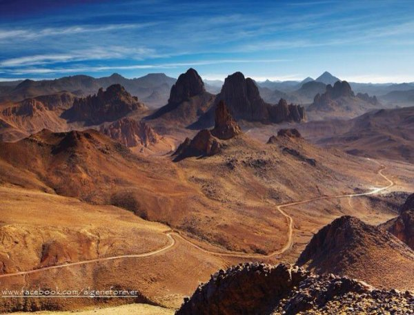 من تمنراست دائماً :) ♥  صحراء الجزائر و ما أدراك ما جزائر :)