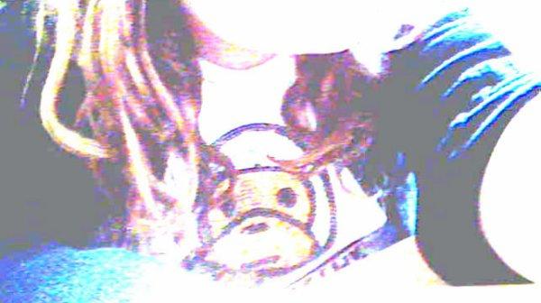 → Je suis le genre de fille que certains aiment et d'autres détestent. Mais le genre de fille qu'on αppréçie quand même °• ♥