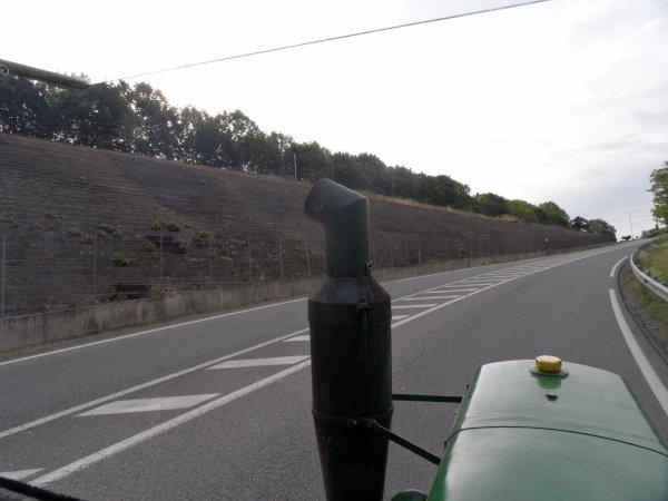 28 mai, Je passe devant l'ancien circuit automobile de Comminges