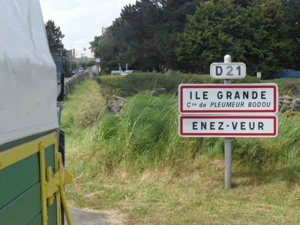 38° jour : Le 7 juin Départ de Plounévez-Lochrist, il est 15h10.
