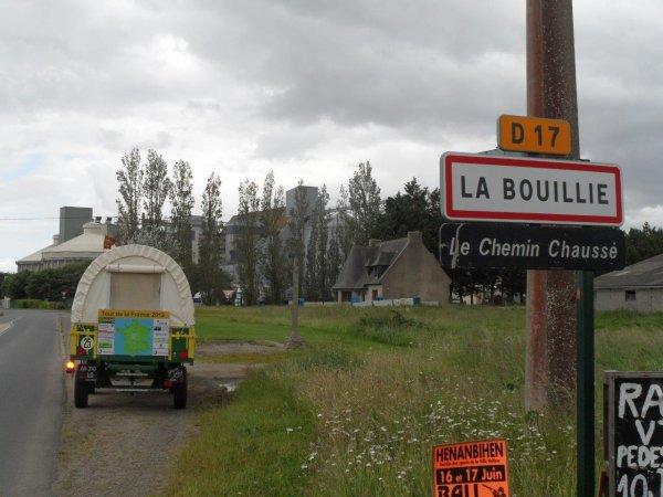 Tour de la France en tracteur SFV de 1953, 5755 Kms parcourus en 44 jours  39° jour : Le 8 juin