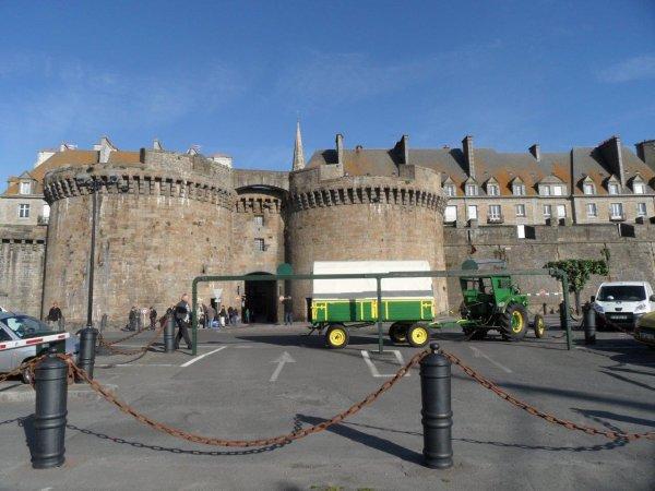 40° jour : Le 9 juin devant Saint Malo.