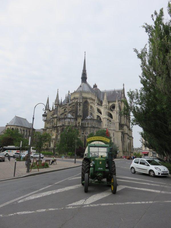 Jean-Yves Brochard dans son 2° Tour de la France en 2015, 6° jour : Le samedi 23 mai 2015 dans la Marne.