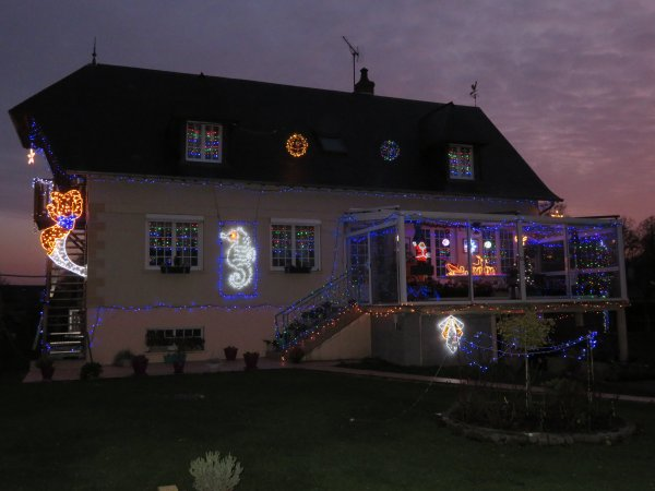 Noël 2019, Une partie des illuminations chez nous au hameau de Fréville à Goupillières.
