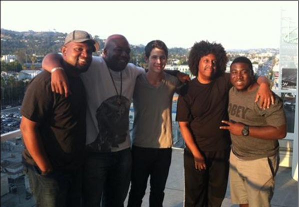 "13/07/11 nick jonas et son groupe "" Nick and the administration"" etait en train de repetter pour un concert <3"