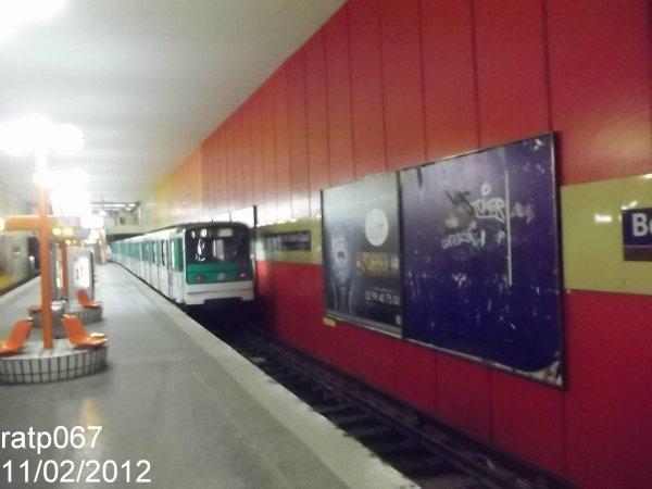 Ligne Métro 10,trains MF67 à Boulogne-Pont de Saint-Cloud-Rhin et ...
