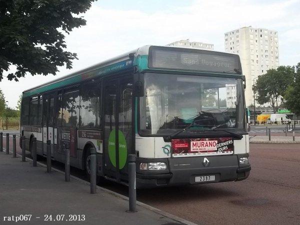 Photos à Saint-Denis-Université Métro (Suite)