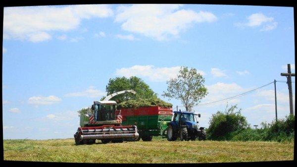 Ensilage d'Herbe le Samedi 12 Mai 2012 (Claas Jaguar 870) (dernière partie) .....