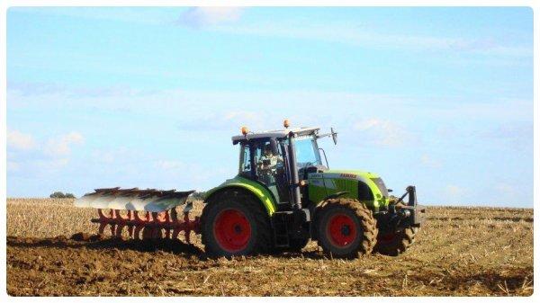 Labours et Semis le Dimanche 28 Octobre 2012 (CLAAS & FENDT ) ....