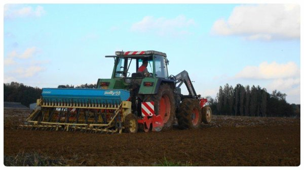 Semis de blé le Mercredi 7 Novembre 2012 ( FENDT & KHUN-SULKY ) ...