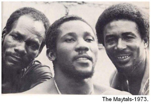TOOTS & THE MAYTALS - LIVE AT SANTA MONICA (1997)
