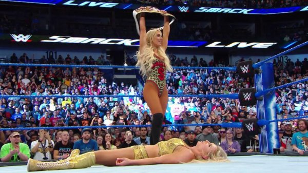 Carmella. Nouvelle Championne féminine de SmackDown