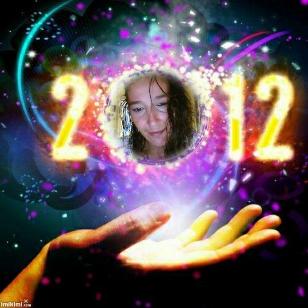 que tout le monde sois heureus en cette année !*