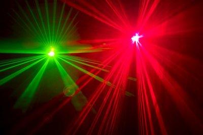 超強力レーザーポインターはOEMの設計ができされ、科学と工業製造に広がる