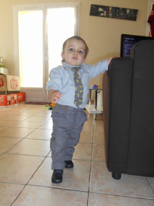 Mon ptit prince tape la pose :)