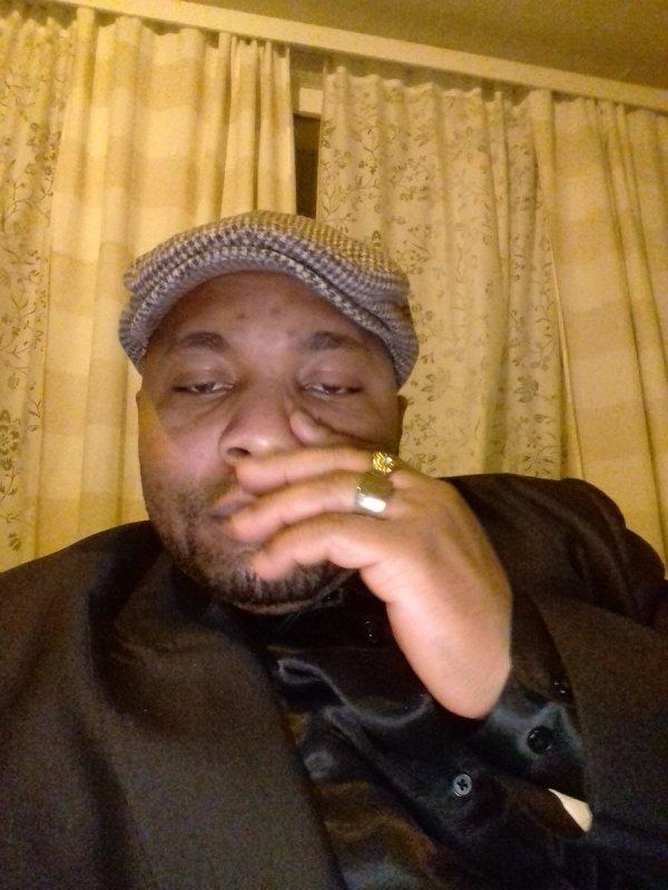 BIENVENU MASSAMBA MP INTRODUIT UN MEMORANDUM POUR SAUVER LE PROCESSUS ELECTORAL EN RDC