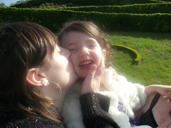 Izanna & Angie