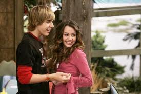 hannah montana-->miley and son petit copain--->jake!!!<3