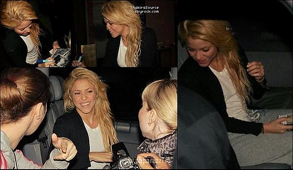 🎤 Shakira a donné une « Conférence de Presse ». 28 Mai 2011 - Rabat, Maroc.