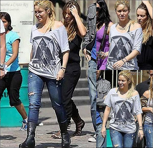 🍴 Shakira & Gérard sont allés « Déjeuner au Restaurant ». 15 Avril 2011 - Barcelone, Espagne.