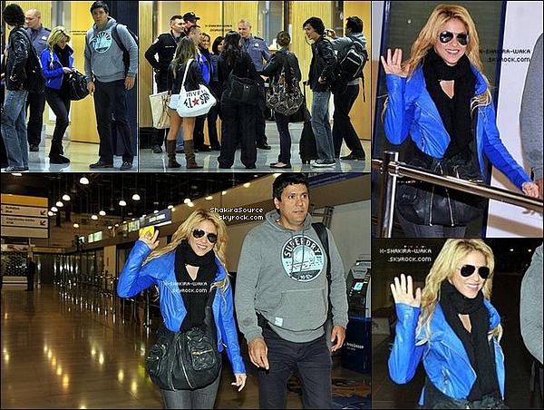 🎤 Shakira a donné un « Concert » pour sa tournée Sale el Sol. 17 Mai 2011 - Lodz, Pologne