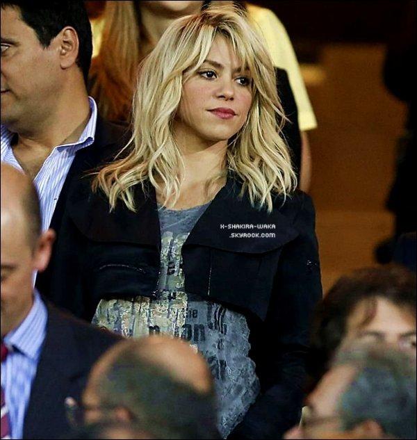 ⚽ Shakira est allée au  « Stade Santiago Bernabéu »  pour encourager Gérard lors de la Copa del Rey contre l'équipe de Bilabo. 25 Mai 2012 - Madrid, Espagne.