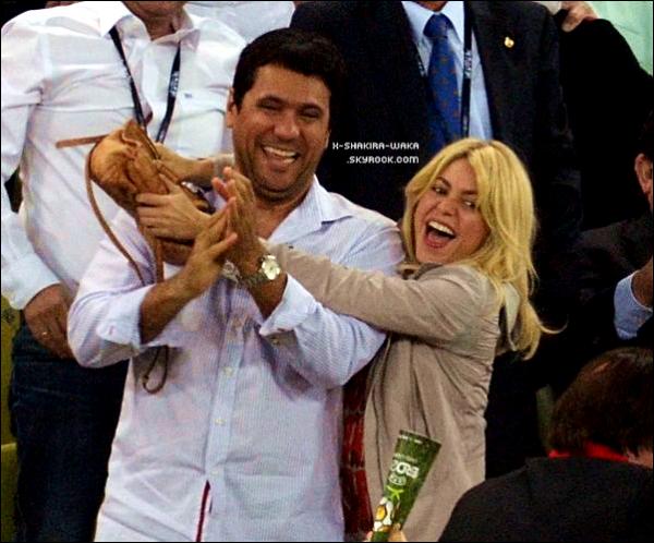 ⚽ Shakira & Tonino sont allés voir le match « Espagne/Croatie ». 18 Juin 2012 - Gdansk, Pologne.
