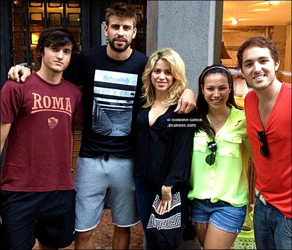🎤 Shakira a donné une interview à la « Chaîne RTL ». o1 Octobre 2012, Berlin - Allemagne.
