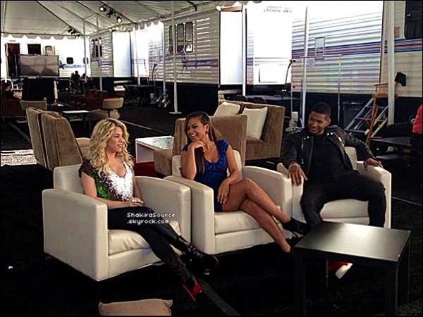 🎤 Shakira & les autres coatchs de The Voice ont donnés une « Interview ». o3 Novembre 2012, Los Angeles - Etats-Unis.