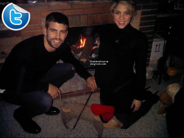 🎄 Shakira & Gérard lors du « Réveillon de Noël ». 25 Décembre 2012, Barcelone - Espagne.