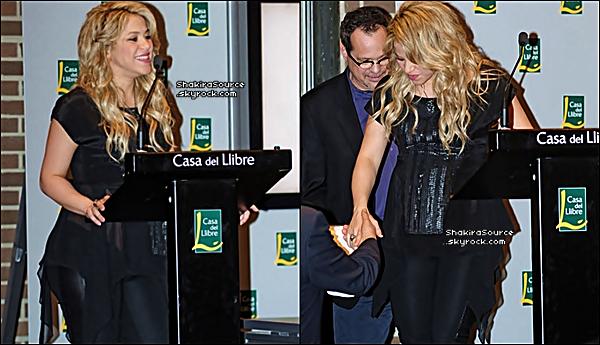 ✴️️ Shakira & Gérard sont allés à la « Présentation du Livre de son Père ». 14 Janvier 2o13, Barcelone - Espagne.