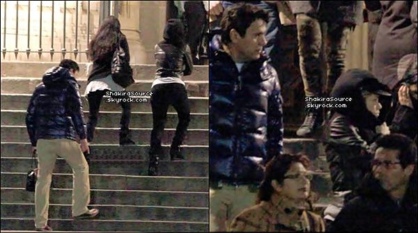 ⛪ Puis, Shakira & Tonino sont allés à la « Cathédrale Sainte-Croix de Barcelone ». o6 Février 2o13, Barcelone - Espagne.