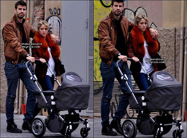 🍴 Shakira & Gérard ont été vus sur la Terrasse du « Restaurant Miramar ». 1o Mars 2o13, Barcelone - Espagne.