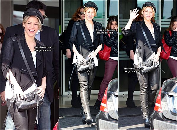 📷 Shakira & Gérard sont allés faire le passeport de Milan au « Commissariat ». o3 Avril 2o13, Barcelone - Espagne.